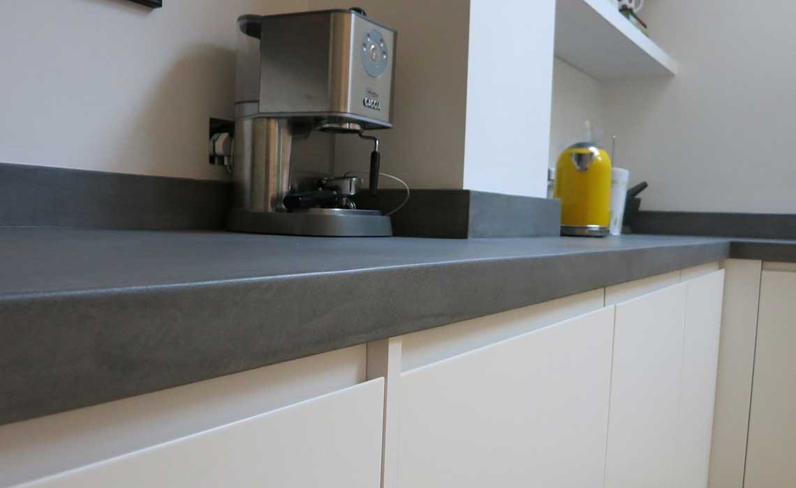 Bespoke b ton cir concrete kitchen worktops modern home for Beton cire sur carrelage