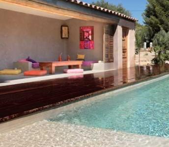 Swimming Pools & Patios